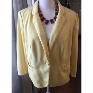 {The Limited} Yellow 3/4 Sleeve Blazer